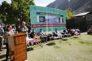 """Inaugurato a Khairabad, Chitral, il """"ponte dell'Amicizia Pak-Italia"""""""